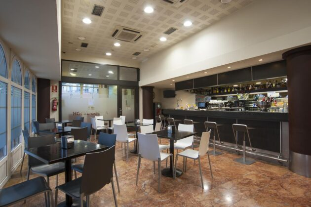 Cafetería del hotel Codina
