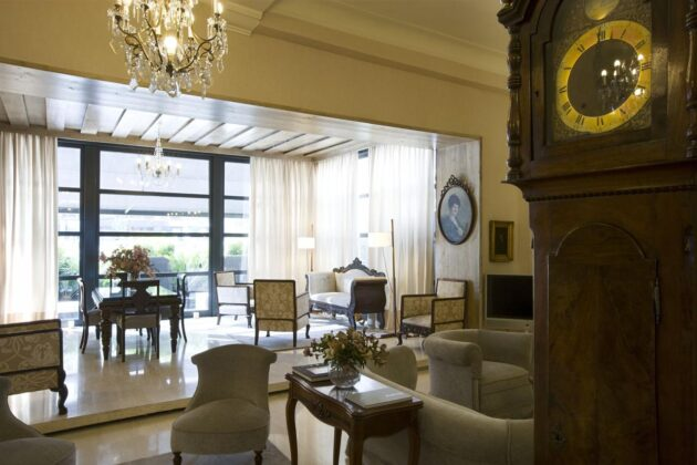 Salón del hotel Niza