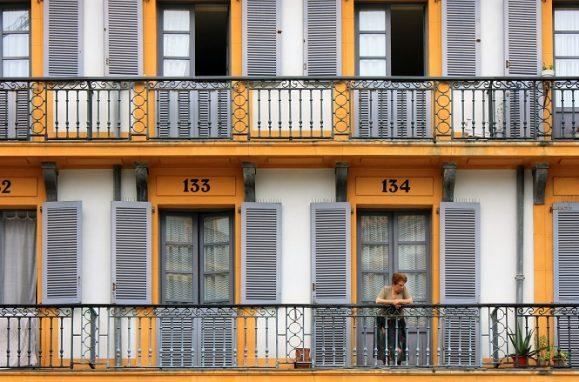 Constitution Square balconies