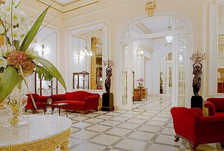 El hotel María Cristina reabre sus puertas