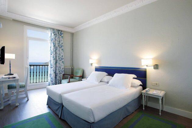 Habitación doble del hotel Niza